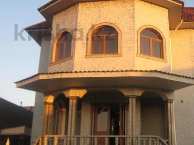 9-комнатный дом помесячно, 605 м², 14 сот., мкр Дубок-2, Мкр Дубок-2 — Цветочная за 850 000 〒 в Алматы, Ауэзовский р-н — фото 2