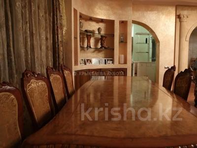 9-комнатный дом помесячно, 605 м², 14 сот., мкр Дубок-2, Мкр Дубок-2 — Цветочная за 850 000 〒 в Алматы, Ауэзовский р-н — фото 3