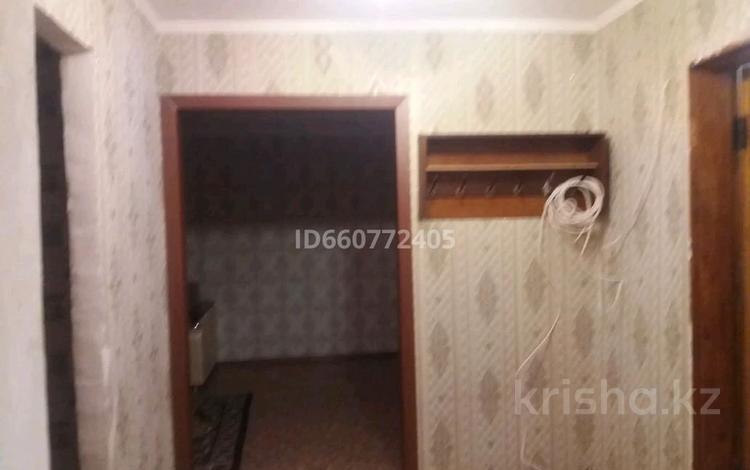 2-комнатная квартира, 53 м², 3/10 этаж, улица Докучаева 45 за 12.5 млн 〒 в Семее
