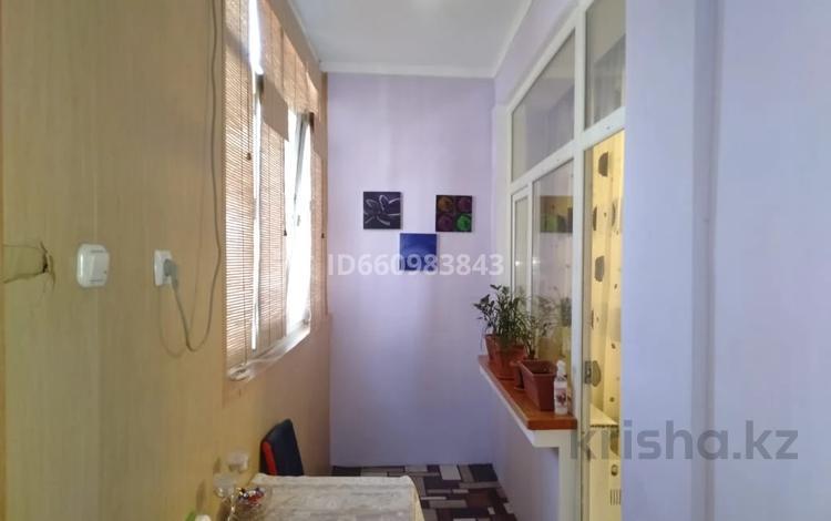 3-комнатная квартира, 85 м², 1/6 этаж, 10-й мкр 2 — проспект Нурсултана Назарбаева за 28 млн 〒 в Актау, 10-й мкр