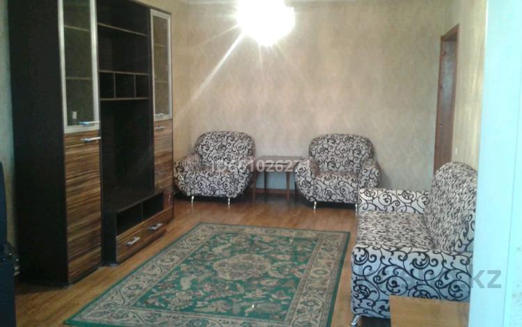 3-комнатная квартира, 85 м², 5/5 этаж помесячно, Кунаева 31 — Иляевп за 120 000 〒 в Шымкенте, Аль-Фарабийский р-н