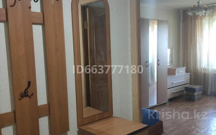1-комнатная квартира, 40 м², 5/10 этаж, Гагарина 2/8 за 10.2 млн 〒 в Уральске