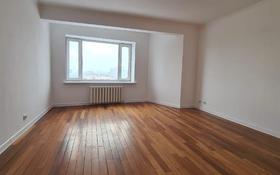 2-комнатная квартира, 84 м², 11/14 этаж, Жирентаева 4 за 30 млн 〒 в Нур-Султане (Астана), Алматы р-н