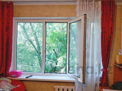 1-комнатная квартира, 18 м², 2/4 этаж, мкр №3, Мкр №3 за 6.5 млн 〒 в Алматы, Ауэзовский р-н — фото 3