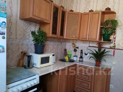 3-комнатная квартира, 79.4 м², 2/2 этаж, Архитектурная 16 за 8.7 млн 〒 в Караганде, Октябрьский р-н