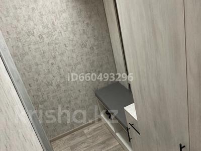 1-комнатная квартира, 35 м², 3/5 этаж помесячно, Абая 70/2 — Металлургов за 170 000 〒 в Темиртау — фото 8