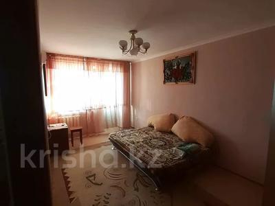1-комнатная квартира, 40 м² посуточно, Азаттык 46а за 6 000 〒 в Атырау — фото 6