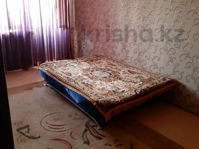 1-комнатная квартира, 40 м² посуточно, Азаттык 46а за 6 000 〒 в Атырау — фото 12