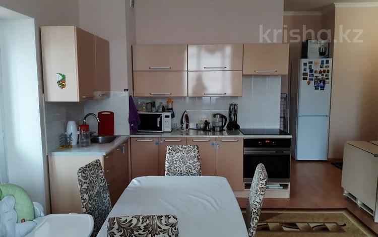 1-комнатная квартира, 38 м², 13/21 этаж, Нажимеденова 10 за 12.5 млн 〒 в Нур-Султане (Астана), Есиль р-н