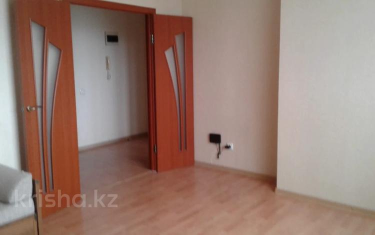 1-комнатная квартира, 43 м², 6/16 этаж, Кабанбай батыра за 14.5 млн 〒 в Нур-Султане (Астана), Есиль р-н