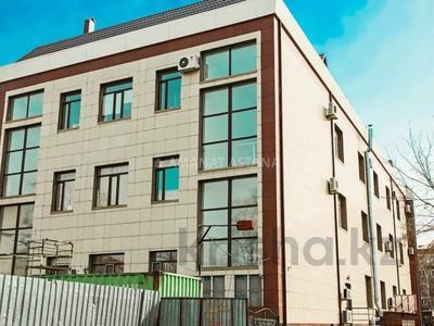 Здание, площадью 2615 м², Дзержинского 91А за 450 млн 〒 в Кокшетау — фото 2