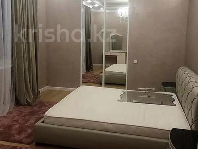 3-комнатная квартира, 130 м², 14/21 этаж помесячно, проспект Аль-Фараби 21 за 500 000 〒 в Алматы, Бостандыкский р-н — фото 4