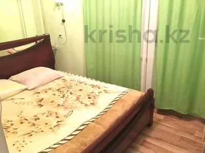2-комнатная квартира, 55 м², 3 этаж посуточно, Махамбета 127 — Азаттык за 6 000 〒 в Атырау — фото 6