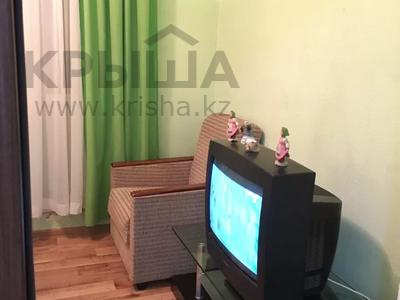 2-комнатная квартира, 55 м², 3 этаж посуточно, Махамбета 127 — Азаттык за 6 000 〒 в Атырау — фото 8