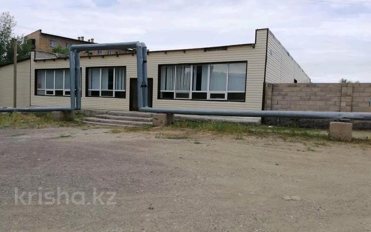 Здание, площадью 820 м², 15 10/1 за 65 млн 〒 в Караганде