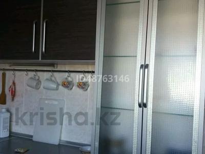 3-комнатная квартира, 60 м², 5/5 этаж, Ак. Бектурова 18 — Урицкого за 12 млн 〒 в Павлодаре
