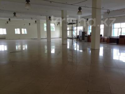 Здание, площадью 5200 м², мкр Алмагуль — Гагарина за 2 млрд 〒 в Алматы, Бостандыкский р-н