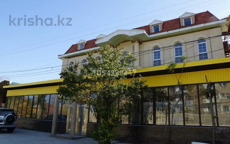 Здание, площадью 1000 м², Жандосова — Кунаева за 600 млн 〒 в Шымкенте, Аль-Фарабийский р-н
