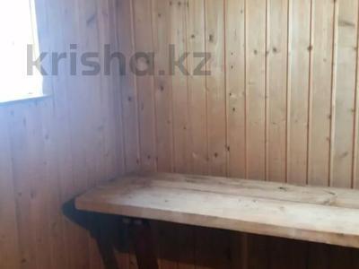 3-комнатный дом, 80 м², 10 сот., 22 микрорайон 46 — Маметова-Валиханова за 9.5 млн 〒 в Усть-Каменогорске — фото 5