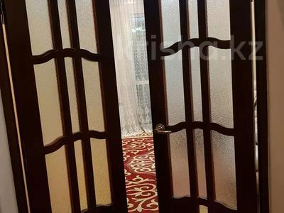 3-комнатная квартира, 86 м², 2/2 этаж, Военный городок 21 — Махамбетова за 15 млн 〒 в Актобе, Новый город — фото 8