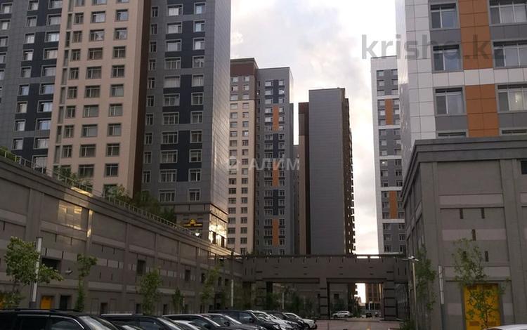 4-комнатная квартира, 122 м², 14/21 этаж, Кабанбай батыра 43 за 63 млн 〒 в Нур-Султане (Астана), Есиль р-н