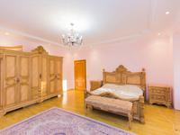 7-комнатный дом, 500 м², 10 сот.