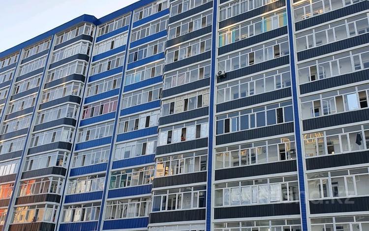 2-комнатная квартира, 56 м², 3/10 этаж, Есенберлина 13/8 за 17.5 млн 〒 в Усть-Каменогорске