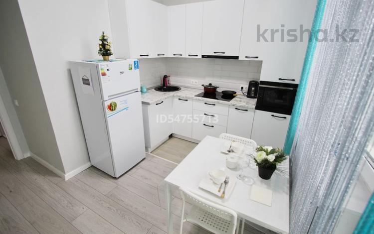 1-комнатная квартира, 50 м², 12/12 этаж посуточно, Тайманова — Сатпаева за 20 000 〒 в Атырау