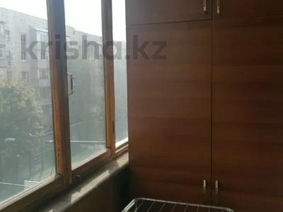 1-комнатная квартира, 38 м², 4/5 этаж, мкр Алмагуль, Гагарина 8 за 16.5 млн 〒 в Алматы, Бостандыкский р-н — фото 11