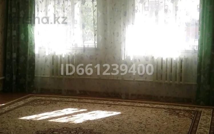 3-комнатный дом, 100 м², 20 сот., Тәуелсіздік 59 за 4 млн 〒 в Аксае