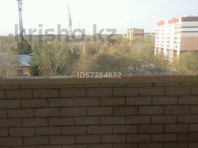 2 комнаты, 80 м², Чокина 155/5 — Академика Чокина - Павлова за 25 000 〒 в Павлодаре — фото 3