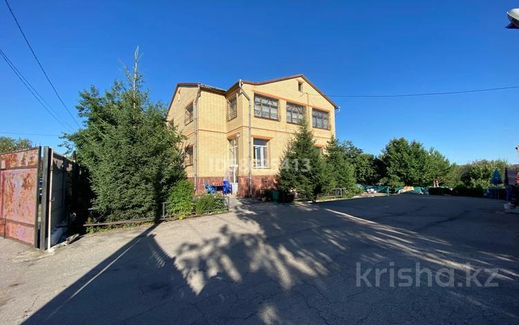 6-комнатный дом, 330 м², 18 сот., Карибжанова 51 за 47 млн 〒 в Караганде, Казыбек би р-н