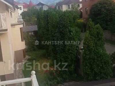 5-комнатный дом помесячно, 220 м², 8 сот., Афцинао — Шаляпина за 500 000 〒 в Алматы, Ауэзовский р-н — фото 11