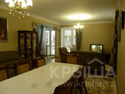 5-комнатный дом помесячно, 220 м², 8 сот., Афцинао — Шаляпина за 500 000 〒 в Алматы, Ауэзовский р-н — фото 17