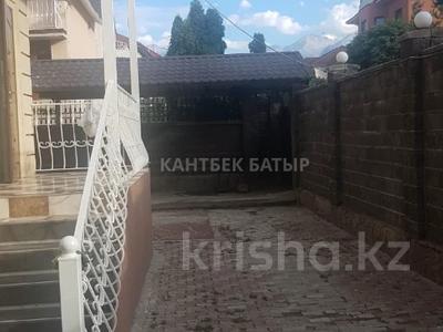 5-комнатный дом помесячно, 220 м², 8 сот., Афцинао — Шаляпина за 500 000 〒 в Алматы, Ауэзовский р-н — фото 7