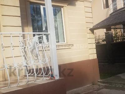 5-комнатный дом помесячно, 220 м², 8 сот., Афцинао — Шаляпина за 500 000 〒 в Алматы, Ауэзовский р-н — фото 8