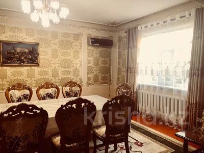 7-комнатный дом, 150 м², 12 сот., Рая Дастанова 134 за 60 млн 〒 в Туркестане