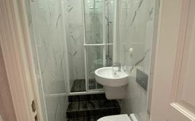 4-комнатная квартира, 142 м², 1 этаж, мкр Нурсая, Таумуш Жумагалиева 15 за 50 млн 〒 в Атырау, мкр Нурсая