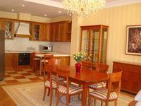 4-комнатная квартира, 200 м², 4/8 этаж поквартально