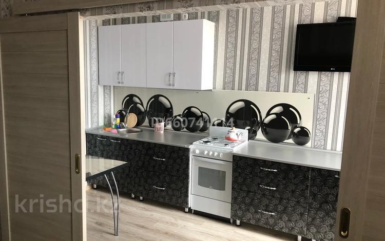 1-комнатная квартира, 34 м², 5/6 этаж посуточно, Назарбаева 215 за 7 000 〒 в Костанае