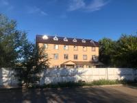 Здание, площадью 970 м²