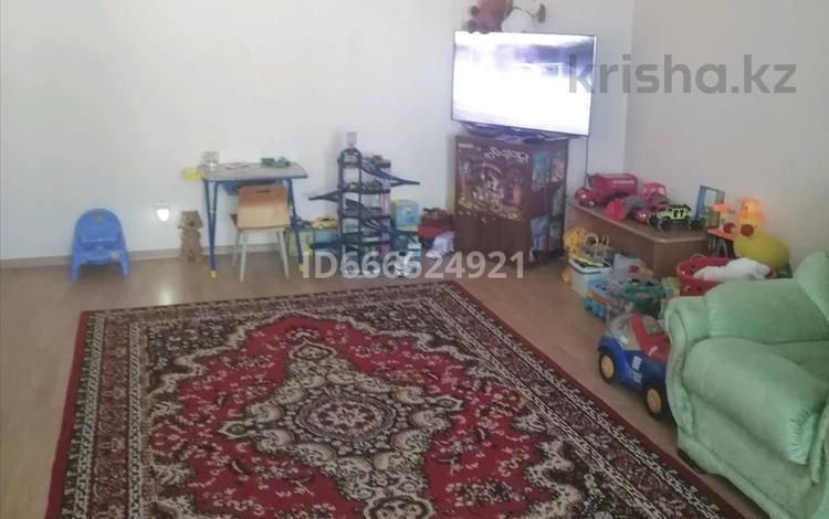 2-комнатная квартира, 93.1 м², 3/8 этаж, улица Ткачёва 18 за 25 млн 〒 в Павлодаре