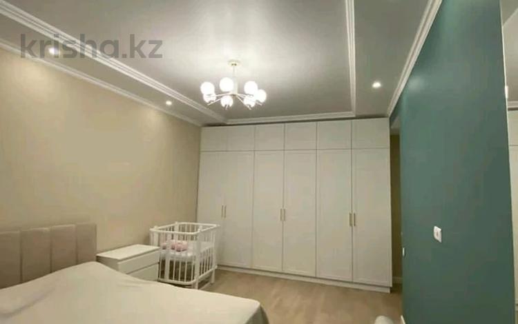 2-комнатная квартира, 80 м² помесячно, Орынбор 2 за 100 000 〒 в Нур-Султане (Астана), Есиль р-н