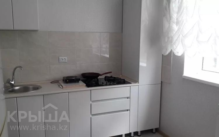 2-комнатная квартира, 60 м², 3/6 этаж посуточно, 16-й мкр , 16 мкр 43 за 8 000 〒 в Актау, 16-й мкр