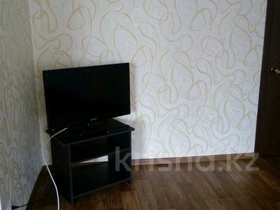 1-комнатная квартира, 30 м², 3/5 этаж посуточно, улица Сагадата Нурмагамбетова 50 за 6 000 〒 в Усть-Каменогорске