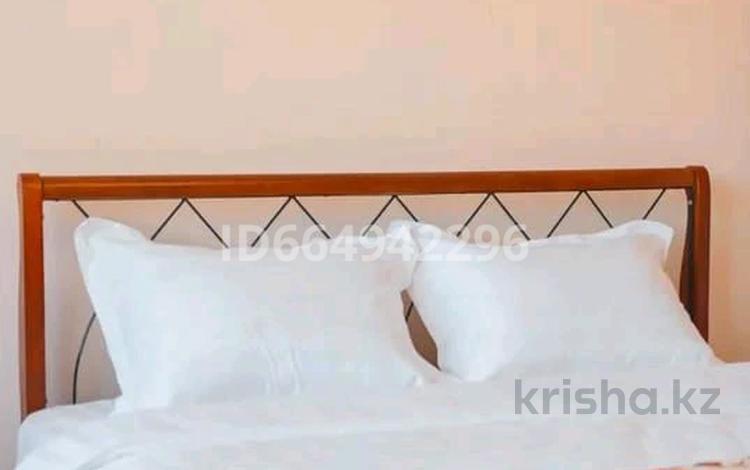 2-комнатная квартира, 60 м², 8/8 этаж посуточно, Панфилова 80 — Гоголя за 14 500 〒 в Алматы, Медеуский р-н
