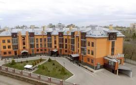 4-комнатная квартира, 170 м², 1/4 этаж, Ержанова 52/2 за 76 млн 〒 в Караганде, Казыбек би р-н