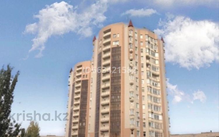 Офис площадью 115 м², Торайгырова 1/3 — Айманова за 1 800 〒 в Павлодаре