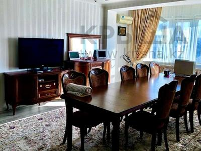 4-комнатная квартира, 120 м², 9/10 этаж, Розыбакиева — Жандосова за 52 млн 〒 в Алматы, Бостандыкский р-н