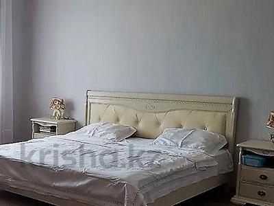 7-комнатный дом, 200 м², 4 сот., Доватора — Прогресса за 25 млн 〒 в Караганде, Казыбек би р-н — фото 2